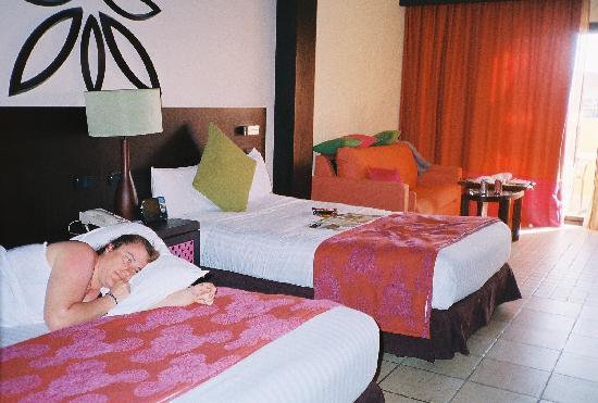 Ocean Coral & Turquesa: comfortable beds