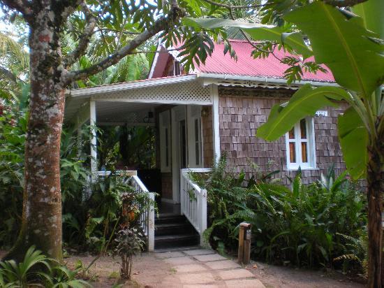 Fond Doux Plantation & Resort: Bamboo Cottage Porch