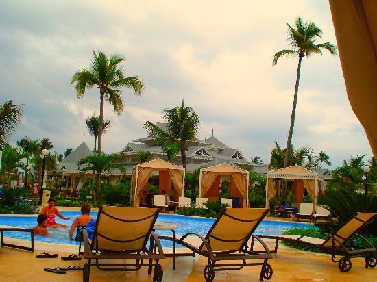 Luxury Bahia Principe Esmeralda: Adult Swimming Pool