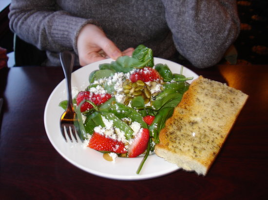 Blackfin Pub: Spinach Salad, lots goat cheese (I love goat cheese so it was tasty to use the bread to wipe up