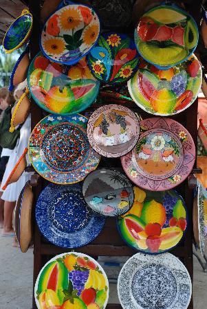 Catalonia Playa Maroma: Mexican pottery for sale