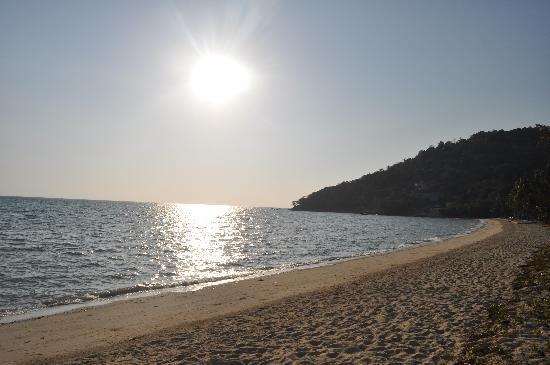 Phi Phi Island Village Beach Resort: The sun rising