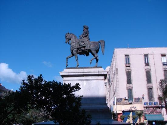 Alexandria, Egypt: Monumento a Muhamet Ali.