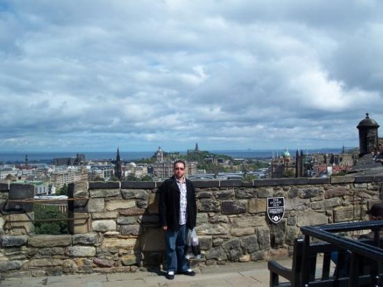 Edinburgh Castle: Edinburgh, Scotl@nd