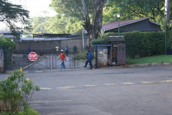 Sentrim Nairobi Boulevard Hotel: Security at the hotel