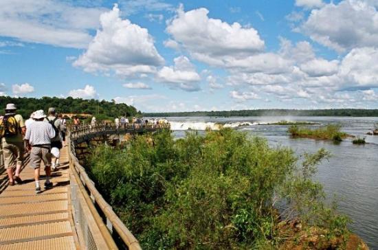 Puerto Iguazu, Argentina: Nearly there...