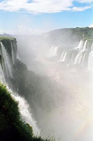Puerto Iguazu, Argentina: Looking down the 'Devil's Throat'