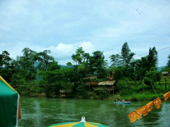 Vang Vieng, Laos: Hm?