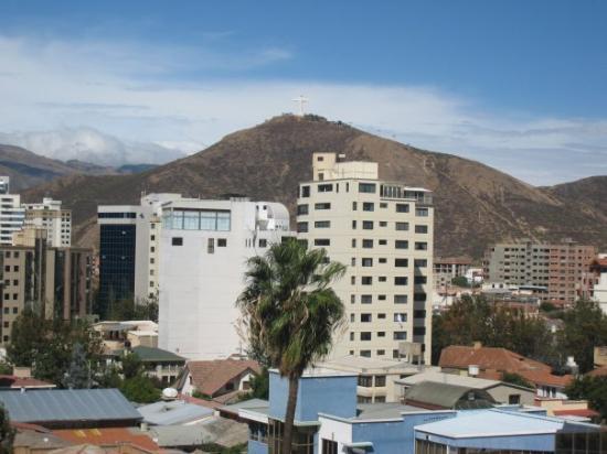 Cochabamba, Bolivia: Cristo overlooking the city