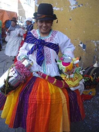 La Paz, Bolivia: この人私にスペイン語で30分くらい泣きながら話してたんだけど  全然わからなかった笑  ハポン!ボリビア!しかわからなかった笑