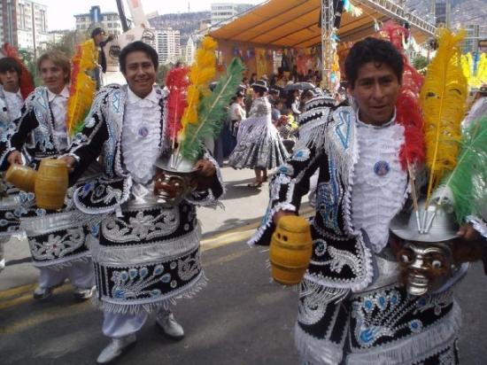 La Paz, Bolivia: ボリビアカラー