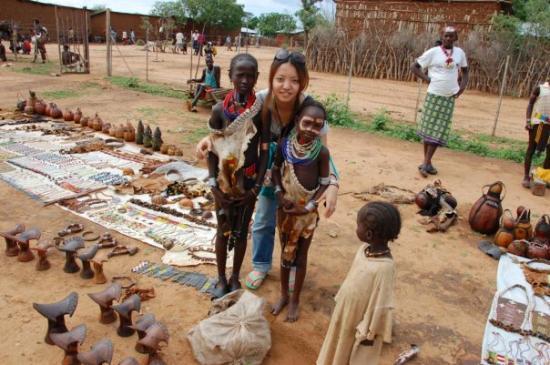 Turmi, Etiopia: w/ Hameer kids