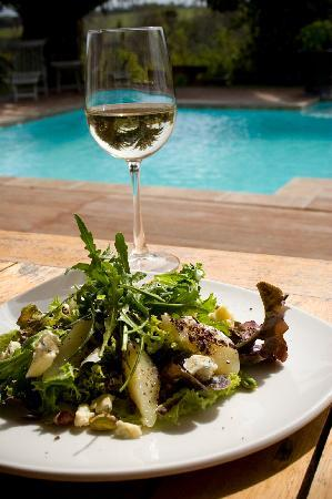 Oyster Bay Lodge: Delicious light lunches