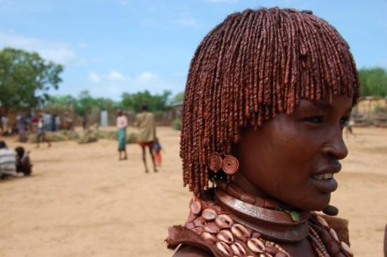 Turmi, Etiopia: Hamer woman