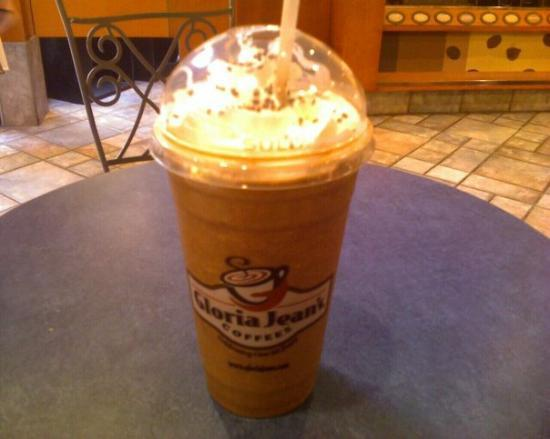 Appleton, WI: English Toffee Iced Cappucino from Gloria Jeans.......it was sooo freakin good !  I had to take