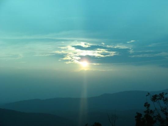 Madikeri, India: SUNSET