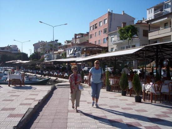 Kusadasi, Tyrkia: A casual stroll down the baordwalk.  Hey, Those aren't Boards! Cesme, Turkey harbour restaurant
