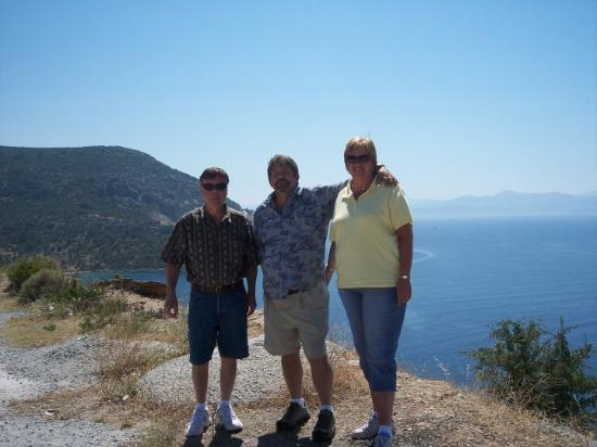 Kusadasi, Tyrkia: Standing in Turkey with Greek Isles behind us.  Pythagorus of Algebra fame is said to have done