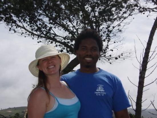 Port Elizabeth, Sør-Afrika: Hailey and Malibongwe.................yep she likes that hat!