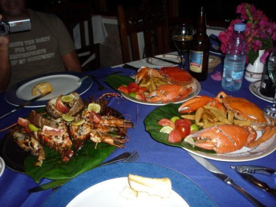 Zanzibar, Tanzania: Seafood platter on our last night