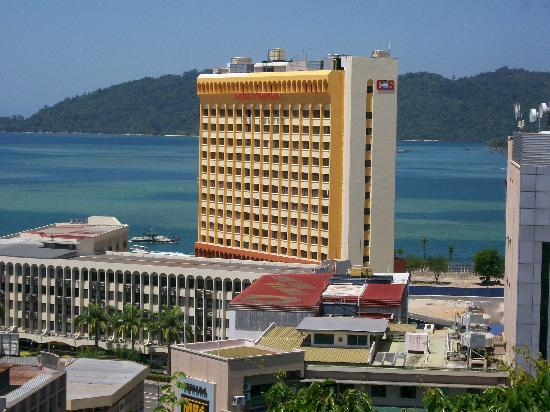 Le Meridien Kota Kinabalu: lookout views over town