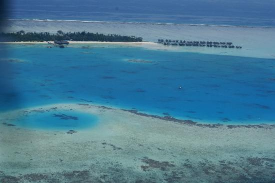 Medhufushi Island Resort: Island from top