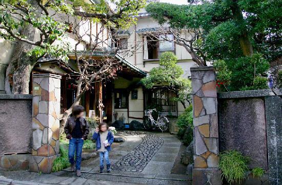 Homeikan Morikawa Annex: The entrance to Morikawa