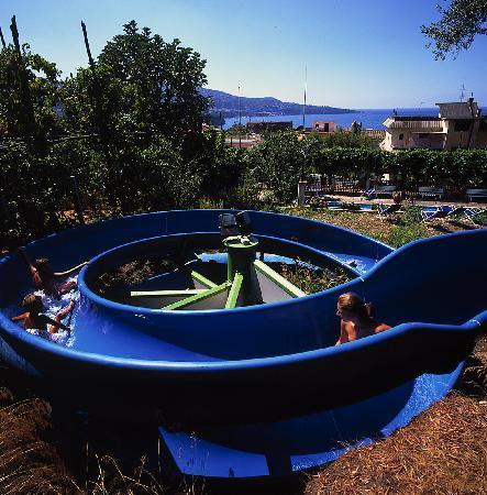 Bleu Village: Facilities