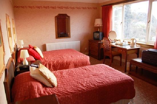 Kinlochbervie Hotel: Room 1 - twin/family