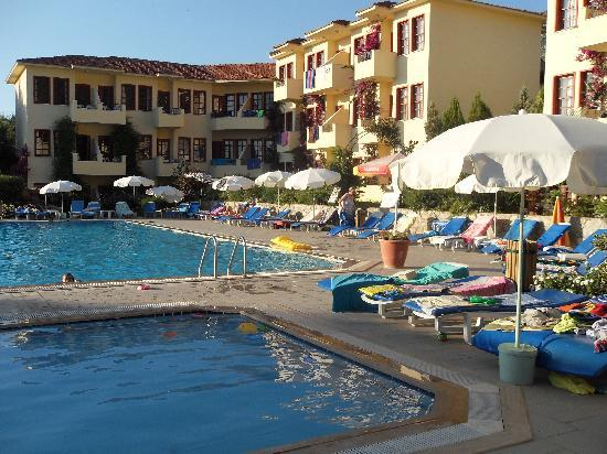 Celay Hotel: from small childs pool view