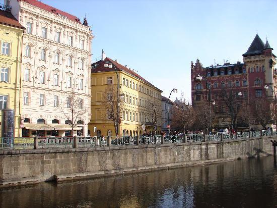 Smetana Hotel: Welcome to the Pachtuv