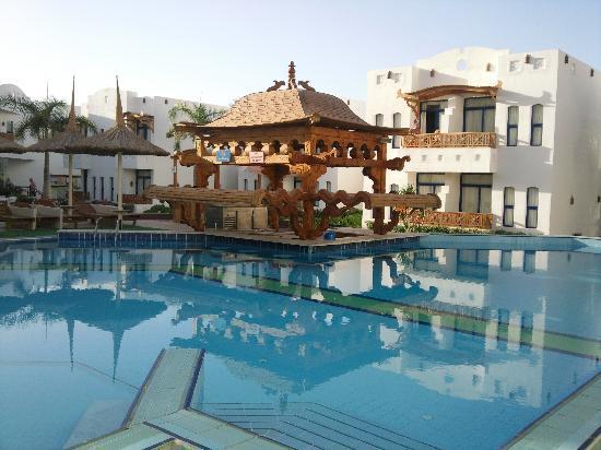 Tropicana Rosetta & Jasmine Club: pool