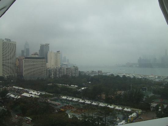 Metropark Hotel Causeway Bay Hong Kong: View from room