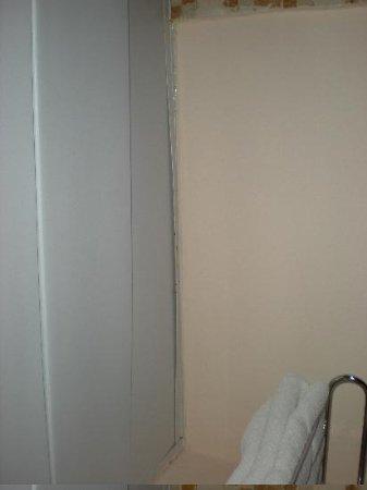Dreams Punta Cana Resort & Spa: Poor room condition