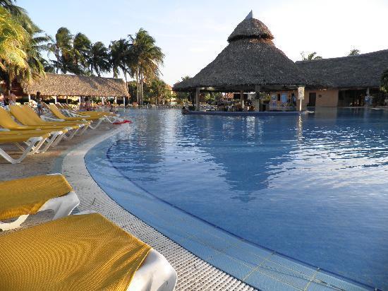 Hotel Roc Arenas Doradas: bonita piscina !
