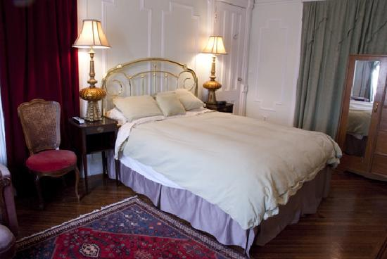 Spencer Place Bed and Breakfast: Franklin Room