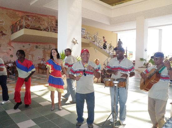 Iberostar Playa Blanca: Welcom dance~