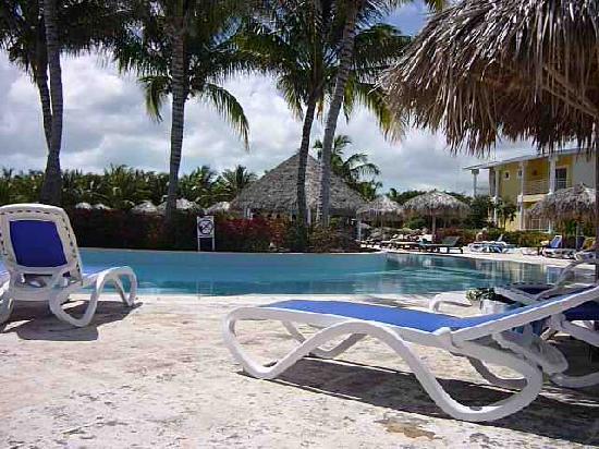 Melia Cayo Santa Maria: pool area