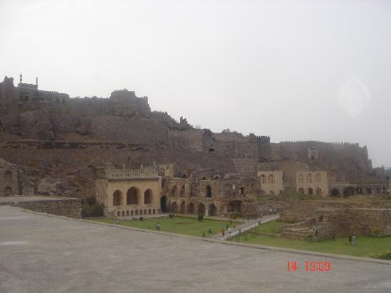 Golkonda Fort: golconda fort