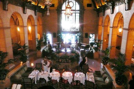 Millennium Biltmore Los Angeles: une salle de restaurant