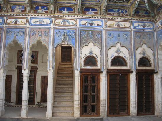 Ramgarh Fresco: The Courtyard