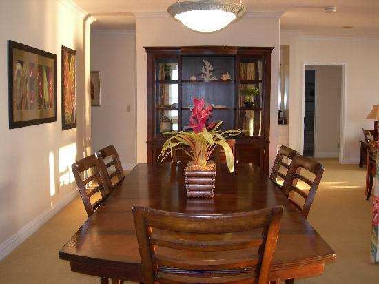 The Point at Poipu: Dining room in the 3br