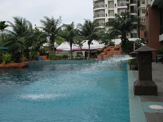 Ancasa Resort AllSuites: Swimming pool area.