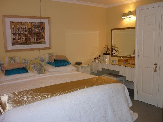 Homelands Guest House: The Garden suite