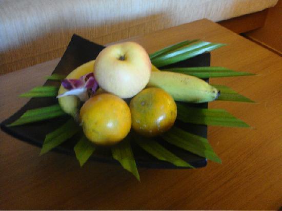 Aonang Cliff Beach Resort: complimentary fruit