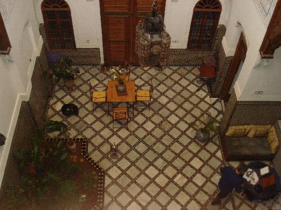 Riad Laayoun: il cortile interno