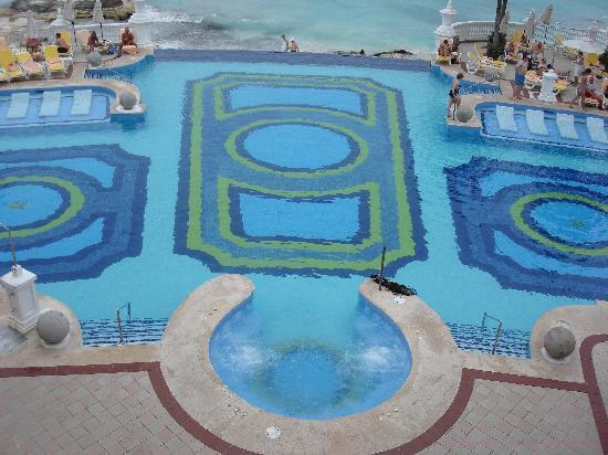 Hotel Riu Palace Las Americas: infinity pool