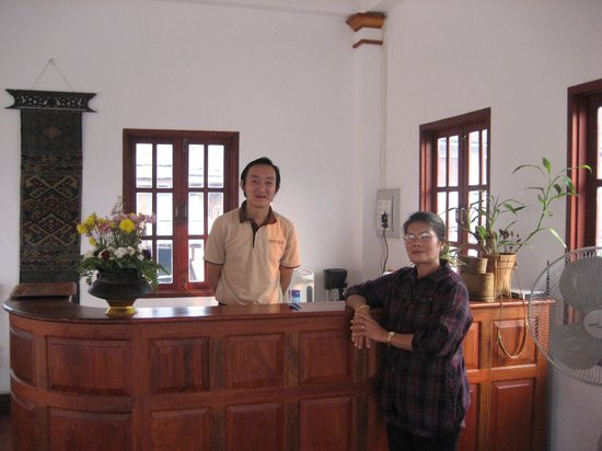 The View Pavilion - Boutique Hotel: Wife with Hotel manager