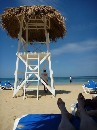 Grand Bahia Principe El Portillo: View from under the beach cabanas
