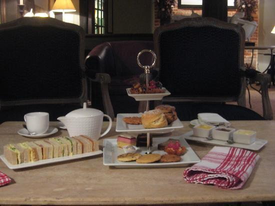 The White Horse Hotel and Brasserie: Afternoon Tea